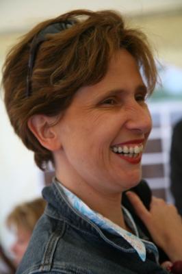 Isabelle_E(1).JPG